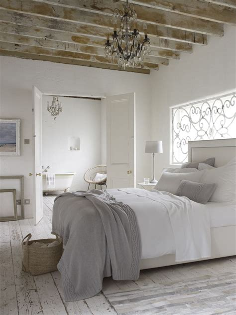 white and grey bedroom ideas 1000 ideas about white grey bedrooms on pinterest white