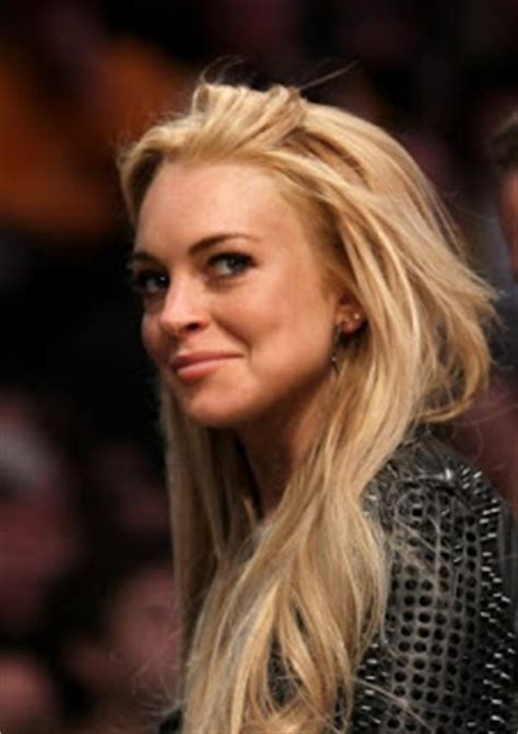 Lohans Lindsay Is Hooked On Oxycontin by Chatter Busy Lindsay Lohan Dui