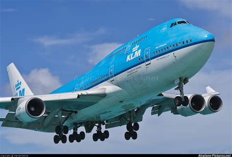 pictures of planes ph bfb klm boeing 747 400 at sint maarten princess