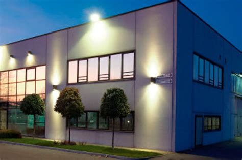 Outdoor Building Lights Commercial Electrical Services In Maryland Dc Northern Va Affordable Commercial Electrician