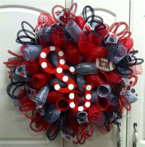 Ohio State Finder De 25 Bedste Id 233 Er Inden For Ohio State Wreath P 229 Ohio State Buckeyes