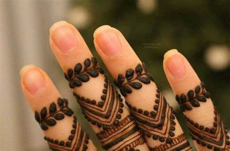 how to fade henna tattoo 25 best ideas about tattoos for fingers on