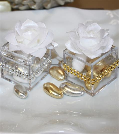Wedding Favors Almonds by 7 Almonds Favor In Clear Favor Box With White