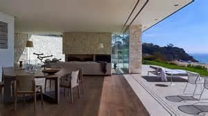 Modern wood and glass australian beach house modern house designs