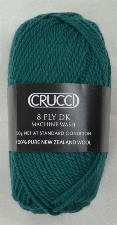 knitting yarn calculator crucci 8 ply dk knitting yarn 100 new zealand wool