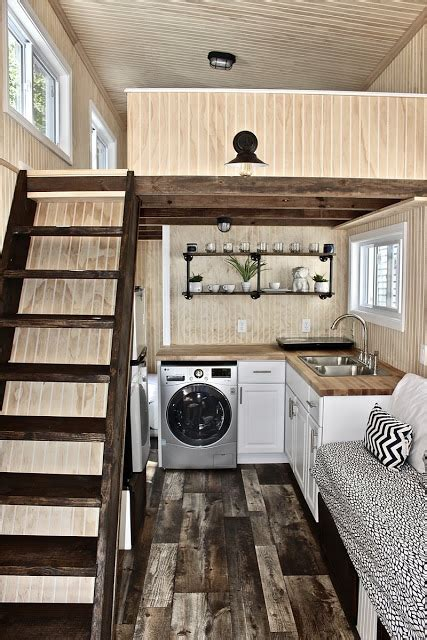 3 bedroom tiny house a 3 bedroom tiny house on wheels