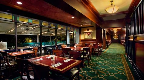 top this bar and grille the turf club bar grill walt disney world resort