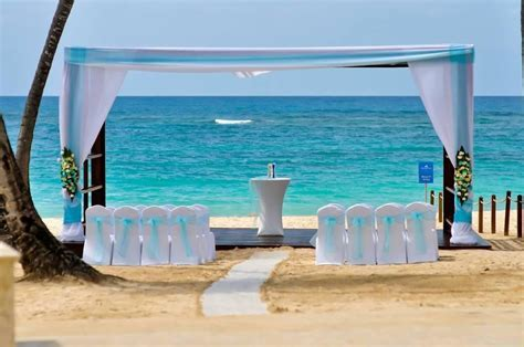 Royalton Punta Cana beach wedding gazebo   Royalton Punta