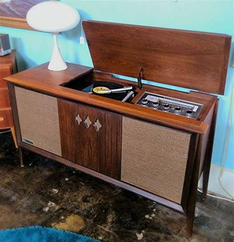 stereo cabinet with turntable shelf 1960s sylvania walnut am fm stereo record player cabinet