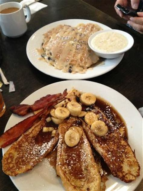 ruby slipper cafe new orleans top bread pudding pancakes grits bottom bananas foster