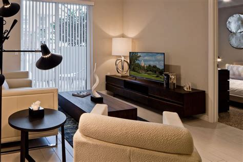 apartments for rent in miami 1 bedroom 5 miami apartments for 1800 or less curbed miami