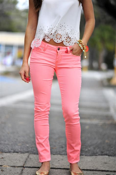 celebrity pink dress pants how to wear pink pants for women 2019 fashiongum