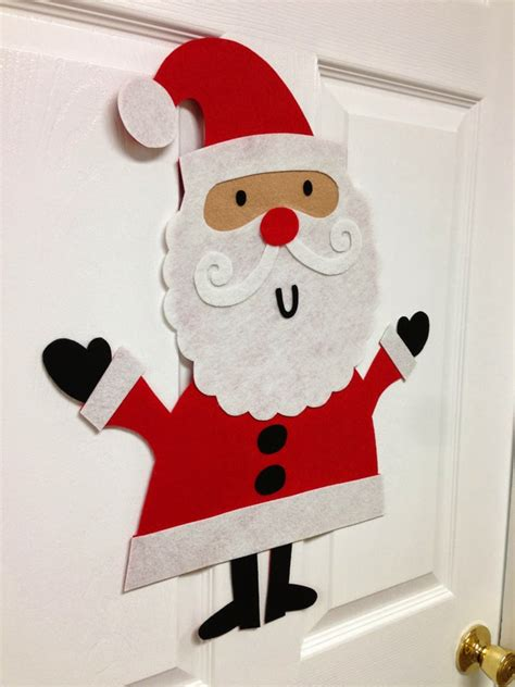 weihnachten mit kindern basteln fantasievolle weihnachtsmann deko bringt den kindern freude