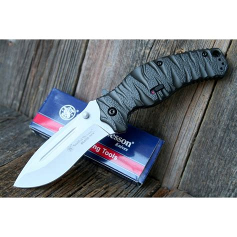 smith and wesson black ops assisterande f 228 llkniv smith wesson black ops 4