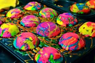 rainbow splatter cupcakes all things cupcake