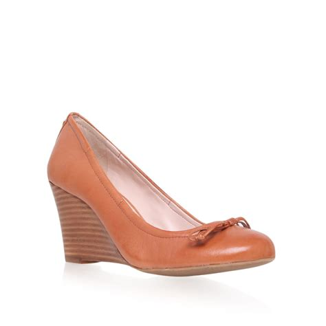 vince shoes vince camuto elis wedged court shoes in brown lyst