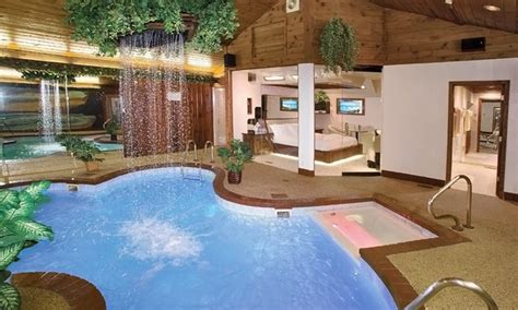 in room pool suites chicago sybaris pool suites groupon