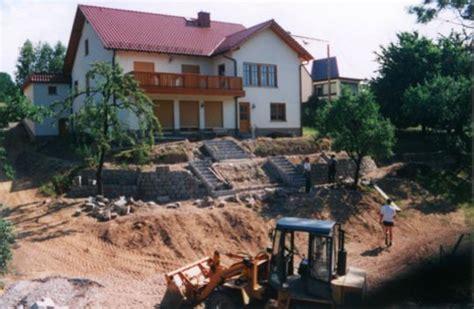 Natursteinmauer Mit Fenster by Mauer Trockenmauer Steinmauer Natursteinmauer