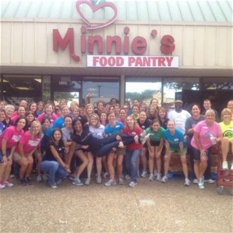 Food Pantry Plano Tx by Minnie S Is Moving Our New Location Is 3033 Blvd