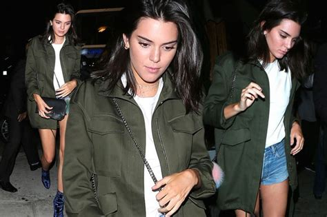 kendall jenner banned her kardashian sisters from kendall jenner gets sister kim kardashian to take her out