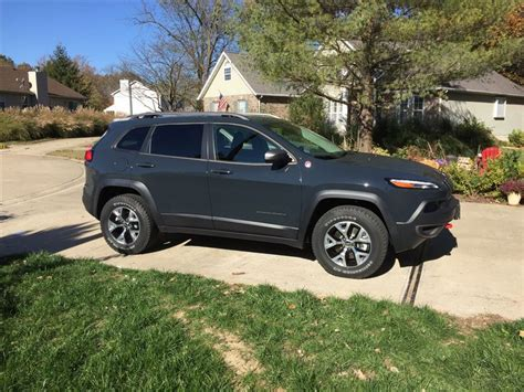 jeep rhino color my new toy 2017 trailhawk love the color quot rhino quot jeep