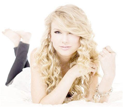 biography taylor alison swift hollywood taylor swift bio