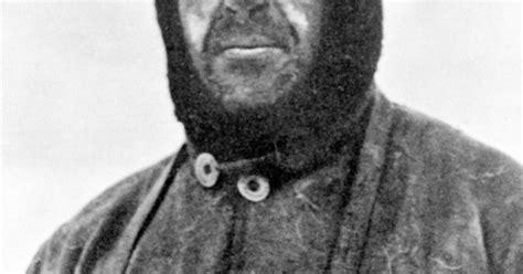 anniversary   hunt  body  north pole legend