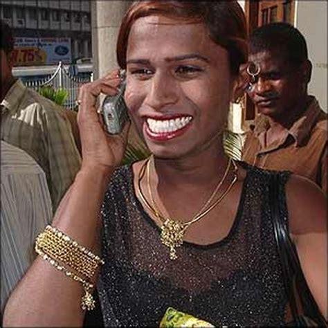 hijras eunuchs of india indian eunuchs 13 pics izismile com