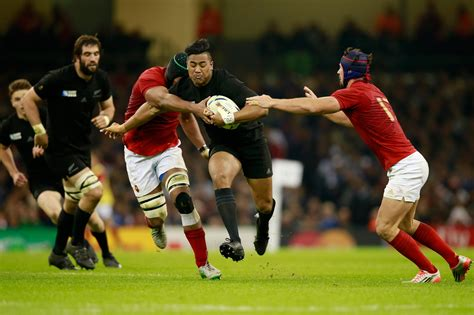 Rug By by Julian Savea Can Duck And Wing His Way To Record Against Springboks