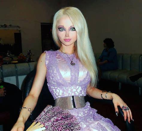human barbie doll eyes valeria lukyanova height weight body statistics healthy