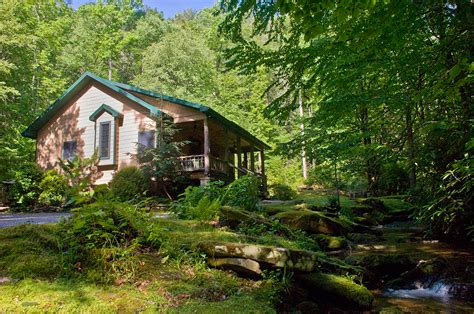 Luxury Secluded Cottages by Make A Reservation Trouthouse Falls