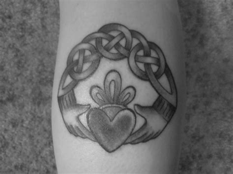 irish claddagh tattoo designs claddagh tattoos designs ideas and meaning tattoos for you