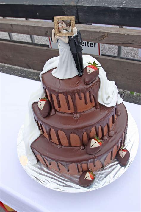Hochzeitstorte Milch Und Schokolade by Hochzeitstorte Braut Br 228 Utigam Wedding Cake And