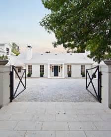 gwyneth paltrow house gwyneth paltrow buys veranda s designer showcase hooked