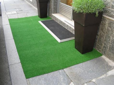 tappeto finto prato outlet gt prato sintetico summergreen h 200 tappeto su misura