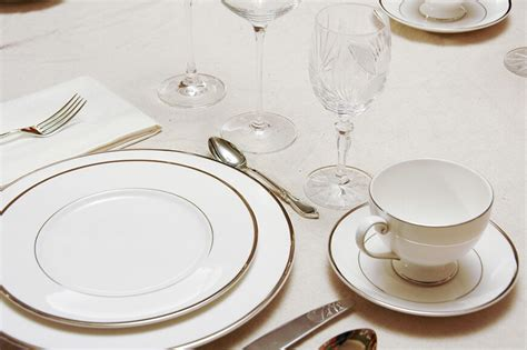 elegant dinner settings 44 fancy table setting ideas for dinner parties and holidays