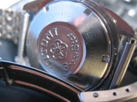 Jam Tangan Guess 009 toko jam tangan antik titoni space 009 sold
