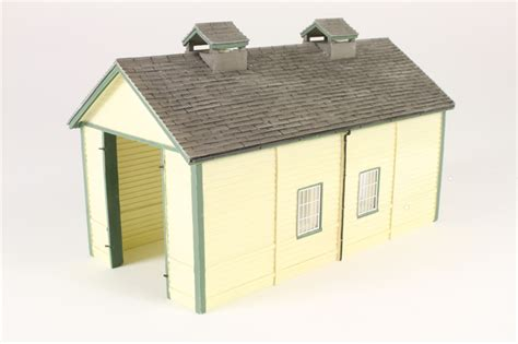 Bachmann 4 Road Engine Shed by Hattons Co Uk Bachmann Branchline 44 0029 Wooden Single