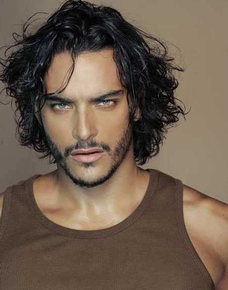 egyptian haircut for men 7 mens curly wavy hairstyles mens hairstyles 2018