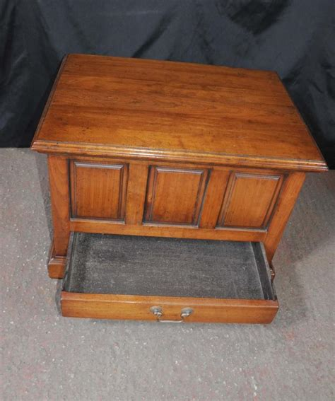 Oak Chest Coffee Table Oak Pannelled Chest Trunk Coffee Table