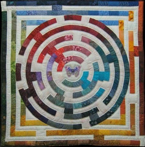 walking labyrinth quilt pattern the 80 best images about quilts labyrinth quilts on