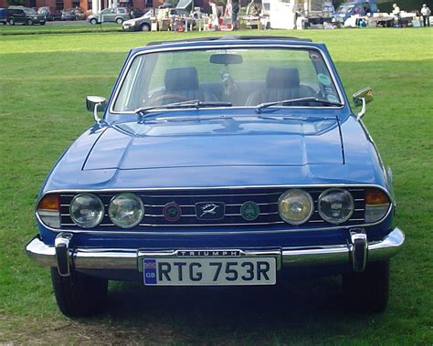 libro triumph 2000 defining the carshow classic 1976 triumph stag what if public appeal was the only criterion for success