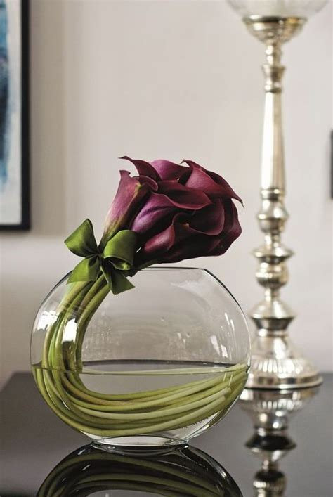 Modern Flower Arrangements In Vase by Best 25 Modern Flower Arrangements Ideas On Modern Floral Arrangements Modern