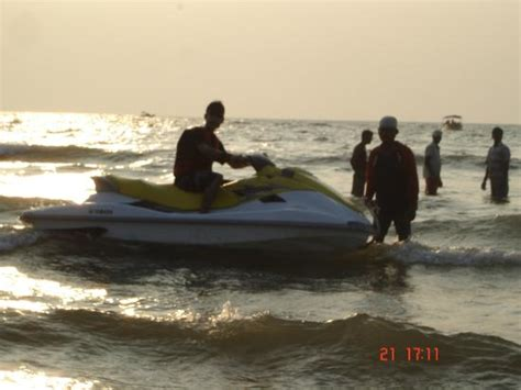 water scooter in goa para sailing preparation in south goa beach picture of