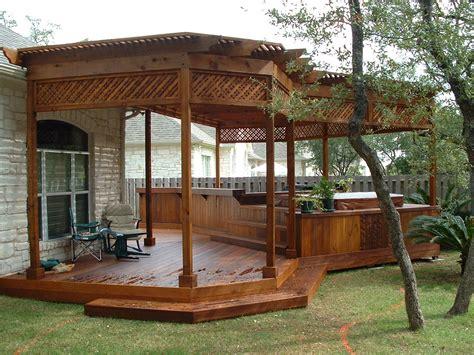 pergola vs arbor aluminum vs cedar or redwood for shade outdoor