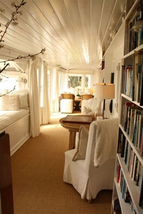 reading rooms 1000 ideas about cozy reading rooms on reading room home libraries and attic ideas