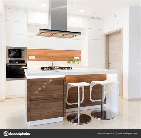 cuisine v馮騁arienne simple 现代简单厨房 图库照片 169 jrp studio 132868424
