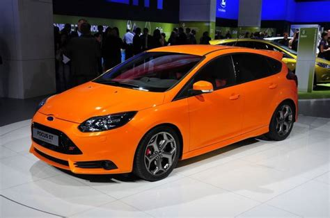 ford focus st orange paint code