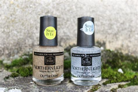 Northern Lights Hologram Top Coat by Inm Northern Lights Hologram Top Coat Review From