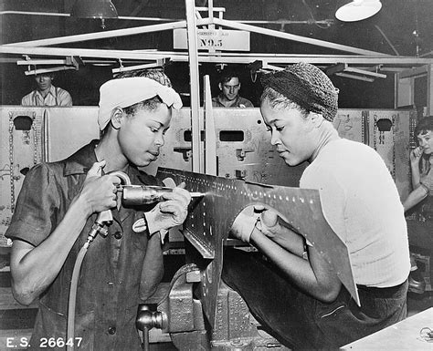 the impact of world war ii on womens fashion in the minority women women in world war ii